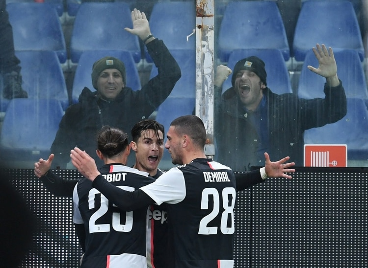 La Juventus ganó por 2-1 como visitante - REUTERS/Jennifer Lorenzini