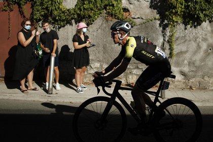 Benoît Cosnefroy pasó el primero por la cumbre de la primera subida notable de este Tour, la Colmiane, mientras que otro corredor galo, Anthony Pérez, hizo lo propio en el alto del Turini