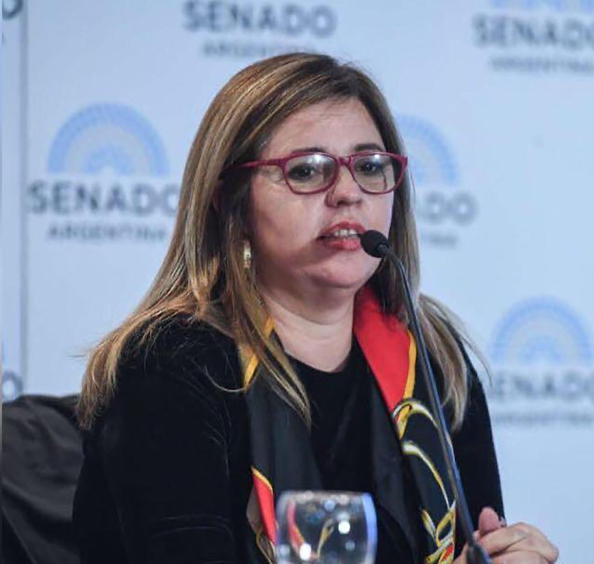 Silvia Almada