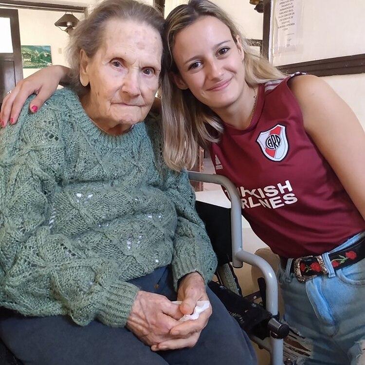 Rita y Dolores, una historia de amor entre la bisabuela su nieta