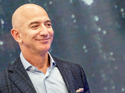"25/09/2019 FILED - 25 September 2019, US, Los Angeles: Jeff Bezos, founder of Amazon, attends the company's novelties event. United Nations human rights experts have called for an ""immediate investigation"" by the US and other concerned parties into allegations that the Saudi crown prince was involved in hacking the phone of Bezos. Photo: Andrej Sokolow/dpa