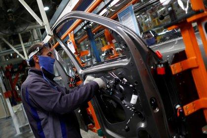 """""""Si insistimos con la cuarentena, el impacto sobre el empleo será mucho más profundo y persistente"""", afirmó Levy Yeyati"""