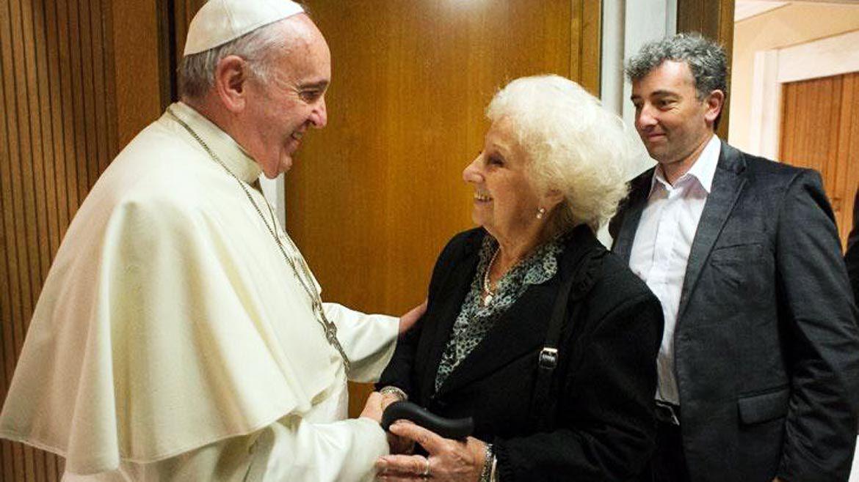 Ignacio Montoya Carlotto con el Papa Francisco y Estela de Carlotto