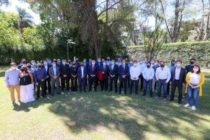 La foto de la unidad detrás de Máximo Kirchner que se realizó el último miércoles en José C. Paz