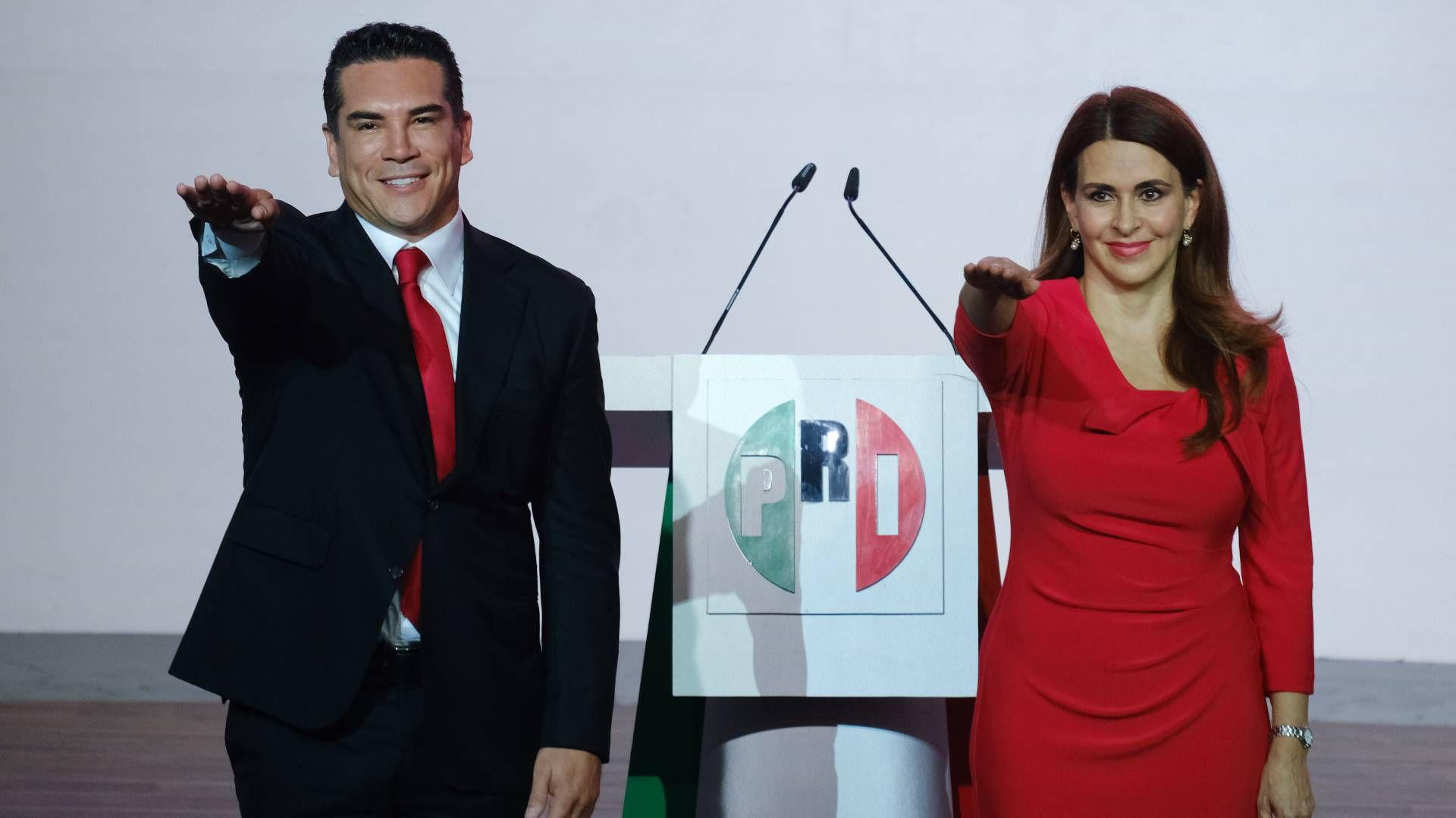 Carolina Viggiano, secretaria general del PRI, junto a Alito Moreno (Foto: Graciela López / Cuartoscuro)