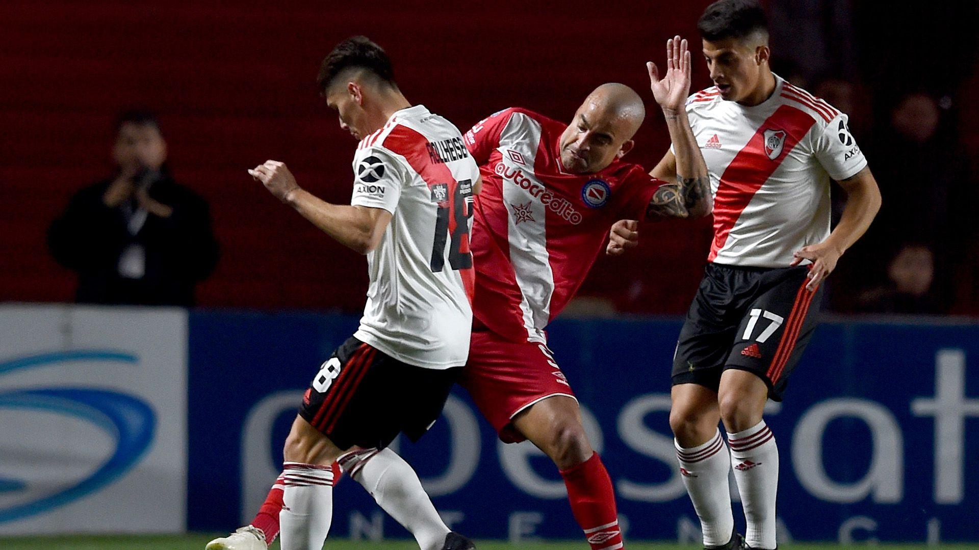 """Santiago Silva se sumó a Argentinos Juniors en el último mercado de pases y ya disputó cuatro partidos con el """"Bicho"""" (Foto Baires)"""