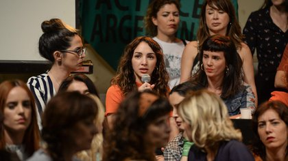 Thelma Fardín durante la conferencia de prensa en la que denunció a Darthés