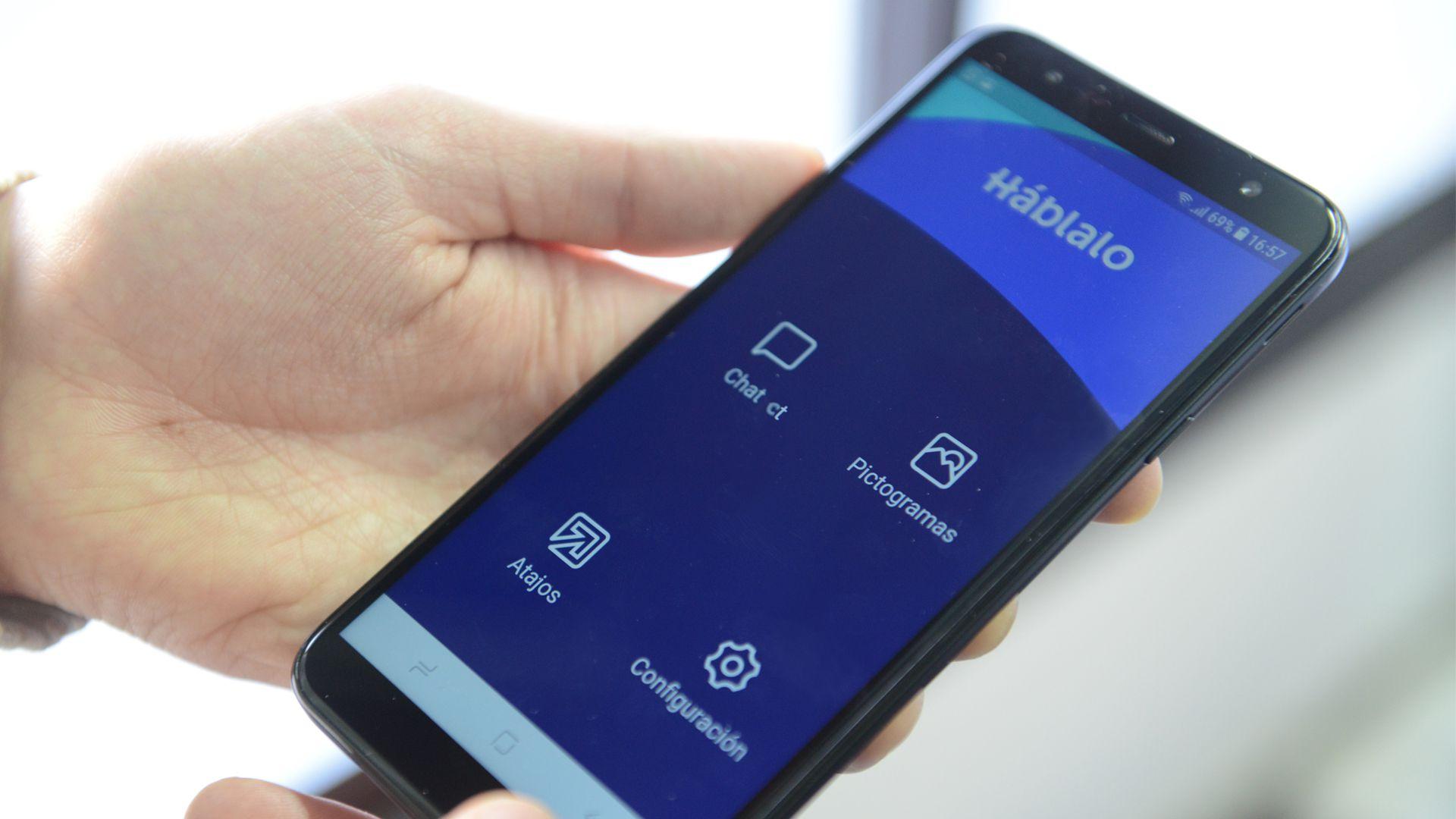 Háblalo, la app creada por Mateo Salvatto (Fernando Calzada)