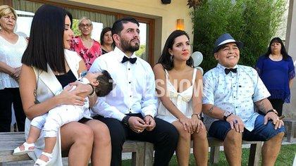 El bautismo de Dieguito Matias Maradona se realizó en Buenos Aires