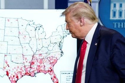 Florida es uno de los estados que presentaron fuertes rebrotes de coronavirus en los últimos días (REUTERS/Kevin Lamarque)