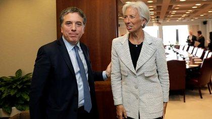 El ministro de Hacienda y Finanzas, Nicolás Dujovne, y la directora del FMI, Christine Lagarde