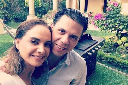 En la fotografía, Lupita Jones y Marco Bautista (Foto: Instagram @lupjones)