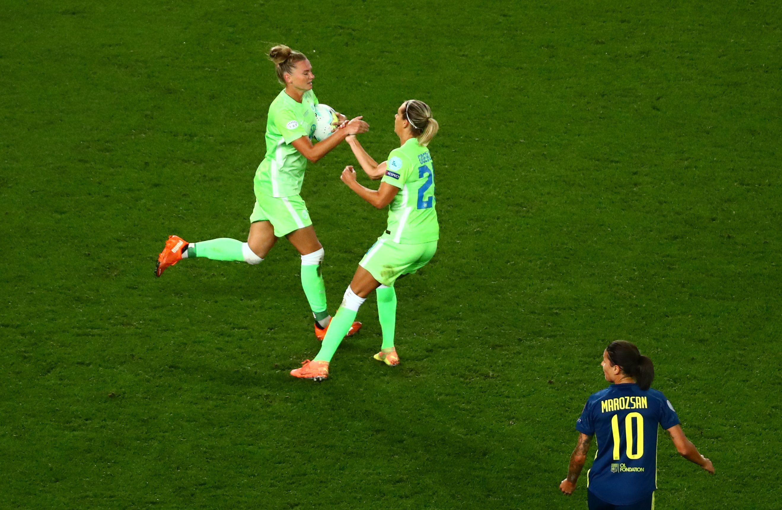 Alexandra Popp dispuso el descuento del Wolfsburgo