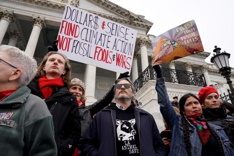 Joaquin Phoenix protestó contra el cambio climático (Foto: Reuters/Joshua Roberts)