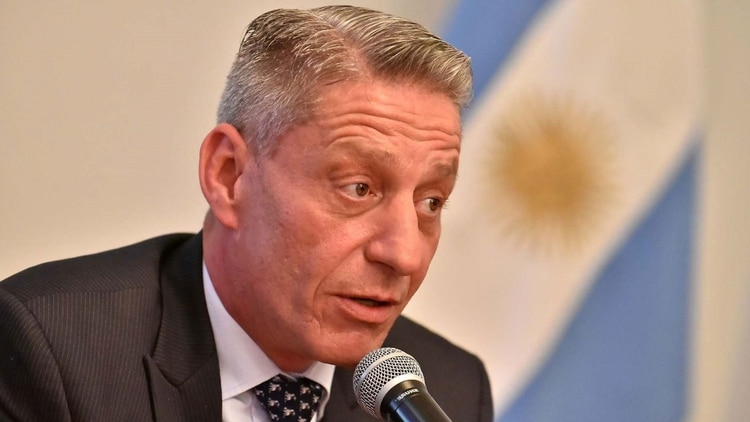 Resultado de imagen para gobernador arcioni