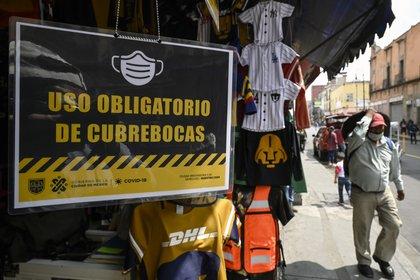 Los negocios abren con base a horarios. (Foto: AFP)