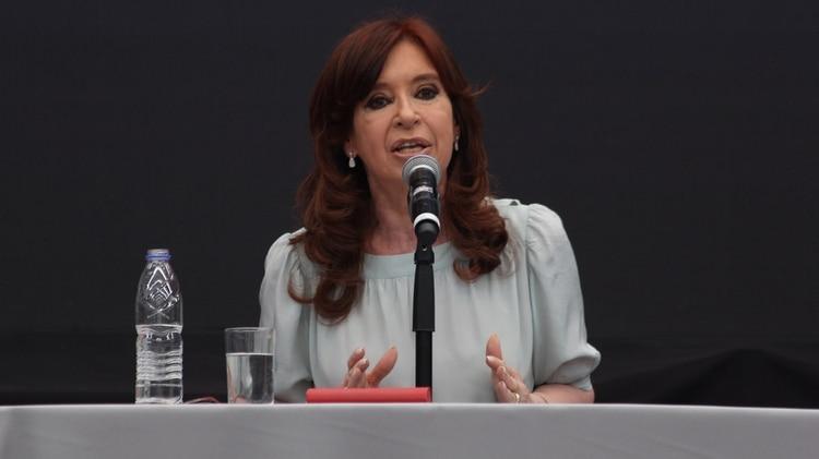Crsitina Kirchner habla durante un acto político (Foto: Matías Baglietto)