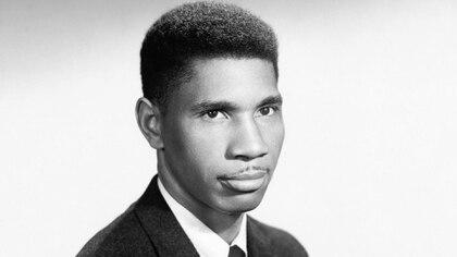 Medgars Evers, veterano de la Segunda Guerra Mundial y líder de la lucha por los derechos civiles. (Granger/Shutterstock)