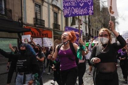 Las manifestaciones por el 8M se llevan a cabo a lo largo de este lunes en todo el país, incluida la Ciudad de México (Foto: Mahe Elipe/ Reuters)