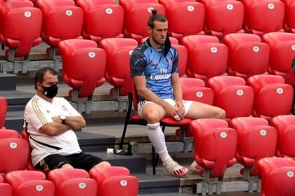 Gareth Bale pasó mucho tiempo en el banco con Zidane - REUTERS/Vincent West