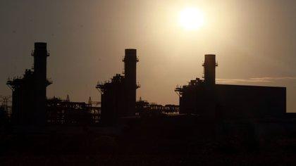 La reforma se traduciría en tarifas de luz más altas entre otras graves consecuencias, advirtió la oposición (Foto: Cuartoscuro)