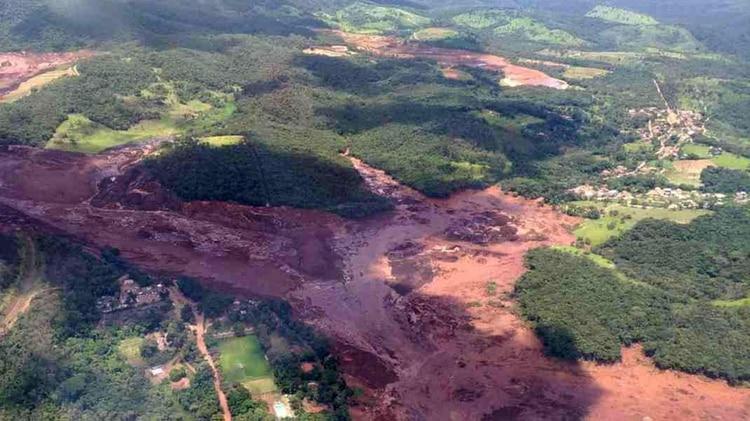 Imagen aérea del desastre (Foto: Cuerpo de Bomberos / Divulgación)