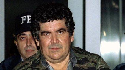 Juan García Ábrego, cabecilla del Cártel del Golfo, durante su extradición a EEUU, un día después de su captura (Foto: Reuters)