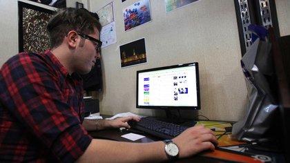 El registro debe realizarse vía internet. (Foto: AP)