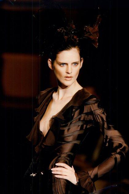 Stella Tennant saltó a la fama por su apariencia andrógina en la década de 1990