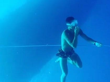Cristiano Ronaldo se sumergió a 14 metros en apnea