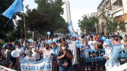 La gente salió a marchar por las calles de Concordia en contra de la ley del aborto