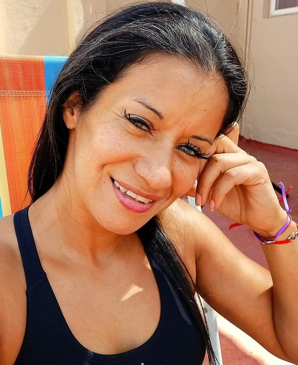 Ana Touché es uruguaya y tiene 40 años