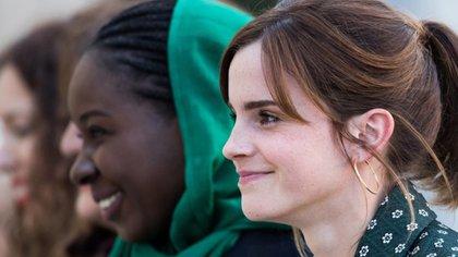 Emma Watson, la intérprete de Hermione Grange en la saga de películas de Harry Potter habló con la revista British Vogue sobre la ansiedad que sienten las mujeres que están a punto de entrar en los treinta y no tienen pareja