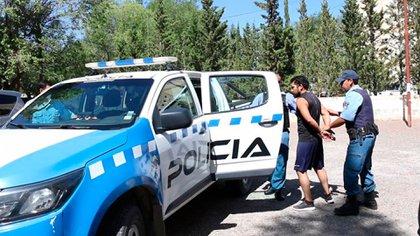 Uno de los jóvenes detenidos por el crimen en Zapala.