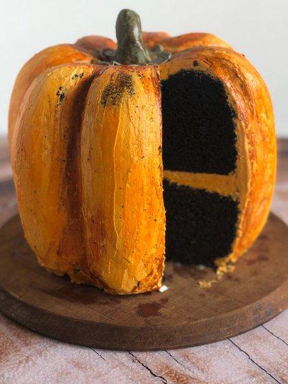 La bundt cake de cacao negro para Halloween por Las Asuntas