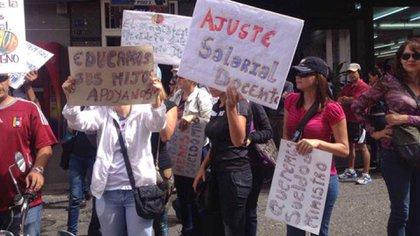 Una marcha de docentes en Venezuela