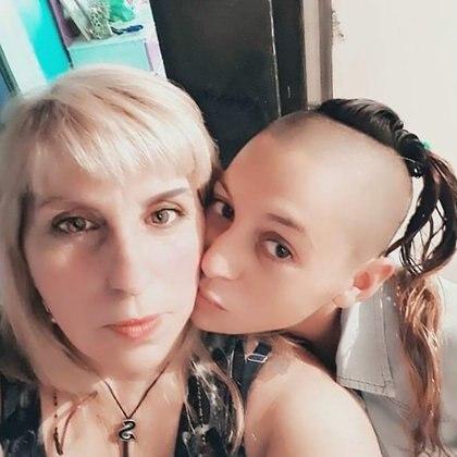 Sandra pide que el Estado ayude a internar a su hija Natalia en un centro de rehabilitación para adictos