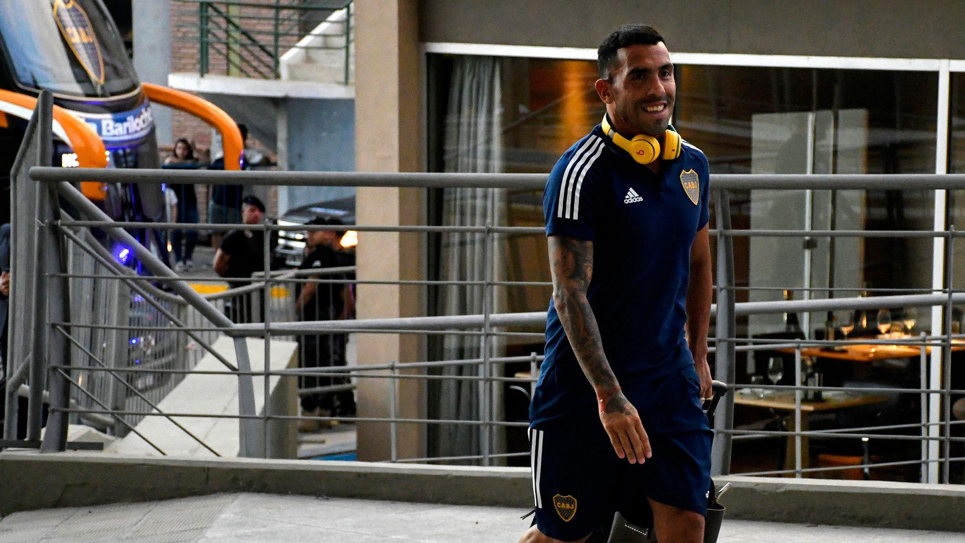 Tevez acercó su mano al picaporte de la puerta de salida de Boca: habló de un posible futuro en Corinthians o West Ham (Foto Baires)