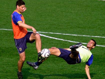 El Pampa Sosa y Popi Bracamonte fueron los centrodelanteros que sí usó el Maestro Tabárez en el segundo semestre de 2002 (Fotobaires)