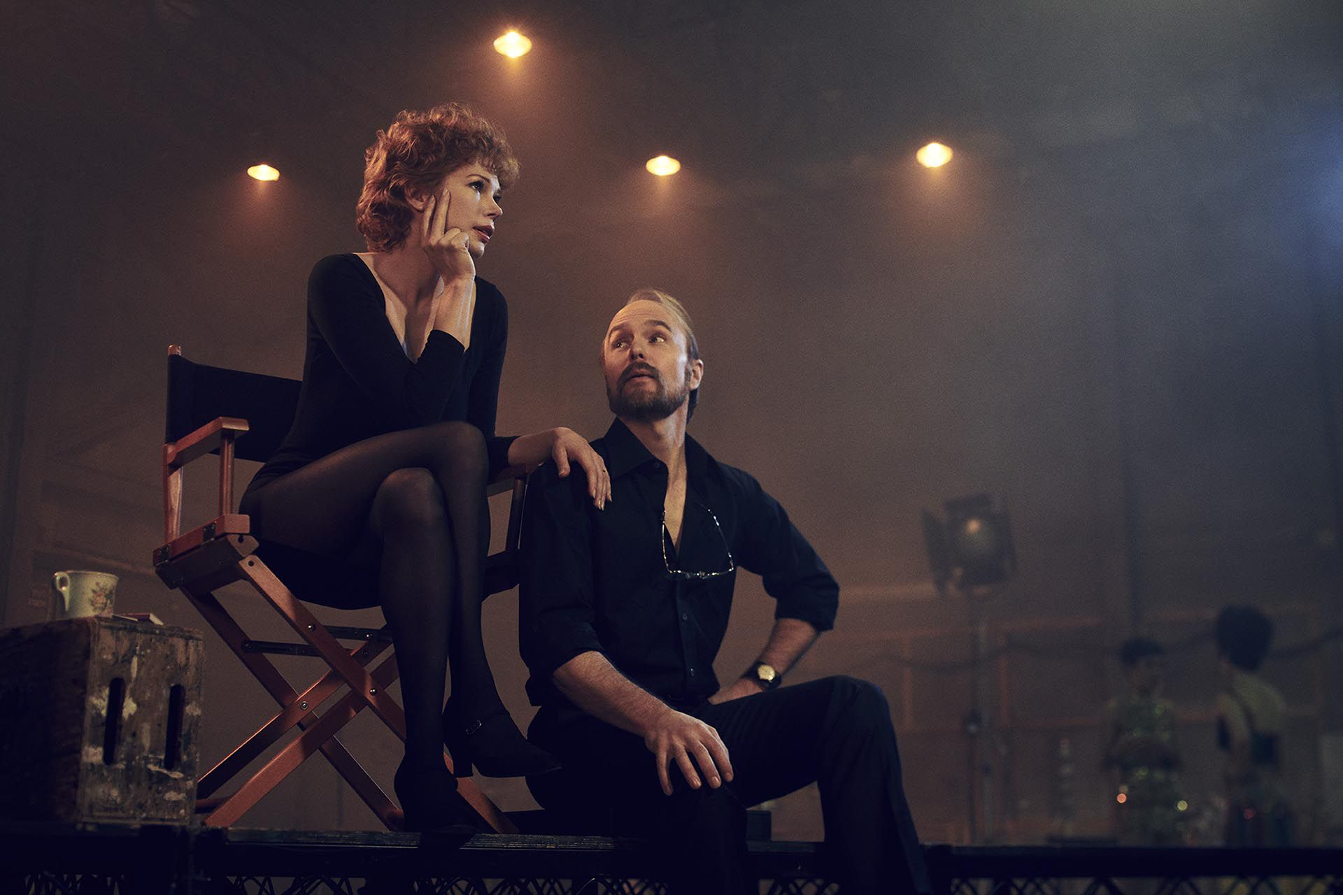 "Michelle Williams como Gwen Verdon y Sam Rockwell como Bob Foss en la serie ""Fosse/Verdon"""