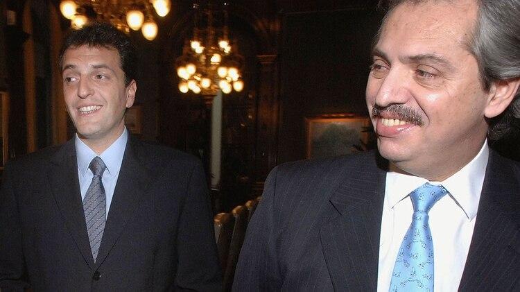 Sergio Massa y Alberto Fernández, sonrientes unos años atrás (foto NA)