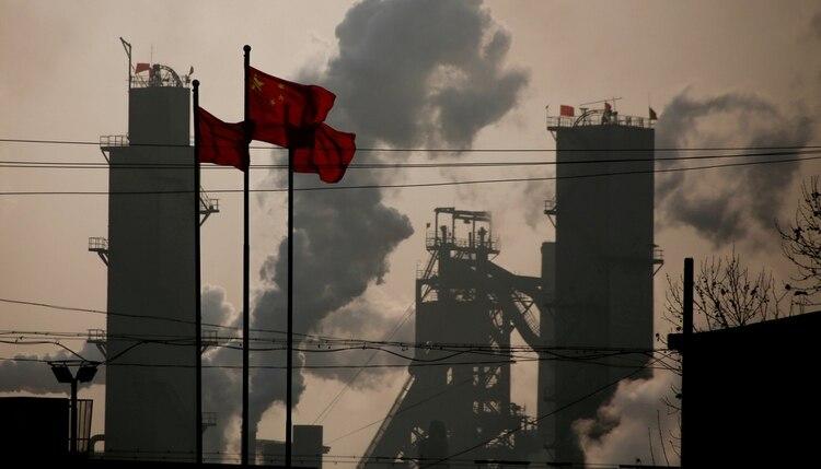 La caída en el crecimiento del gigante asiático puede tener efectos en todo el mundo (Reuters)