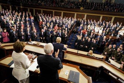 El presidente de Estados Unidos, Donald Trump, dijo que están trabajando con demócratas y republicanos en un plan de estímulos por el coronavirus (Doug Mills/The New York Times via AP, Pool)