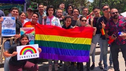 Integrantes de la comunidad gay celebraron la decisión (Foto: Twitter ArroyoUla)