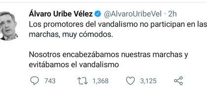 ALJPWGUEJZBJFOE7BCZIJIMDMI - Álvaro Uribe pide sacar el Ejército a las calles