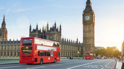 La nueva normativa implicará la adaptación del transporte público (iStock)