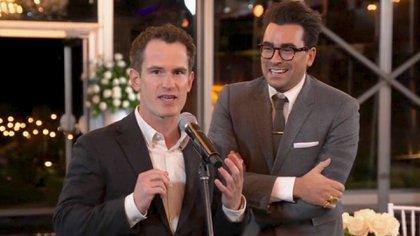 Andrew Cividino y Daniel Levy (Foto: The Television Academy y ABC Entertainment vía AP)