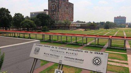 La UNAM convocó a sus estudiantes y académicos de las carreras de Medicina, Enfermería y Odontología para participar como voluntarios dentro de las brigadas de vacunación (Foto: Archivo)