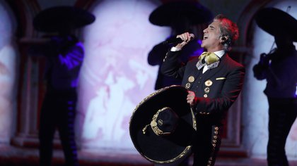 Con monumental gira por EEUU, Alejandro Fernández volverá a los escenarios pese al COVID-19 REUTERS/Steve Marcus