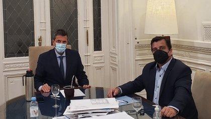 Sergio Massa en su oficina del Palacio Legislativo junto al diputado Casaretto @mpcasaretto